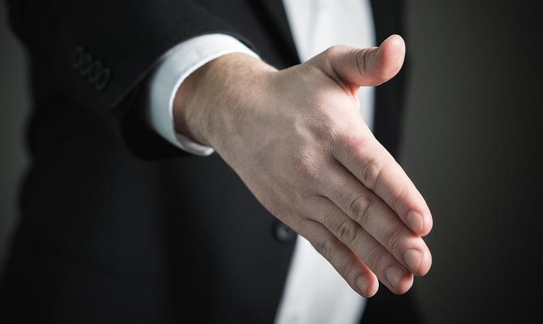 handshake-2056021_960_720